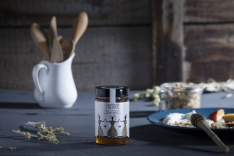 THYME HONEY WITH AROMATIC HERBS AND PINE